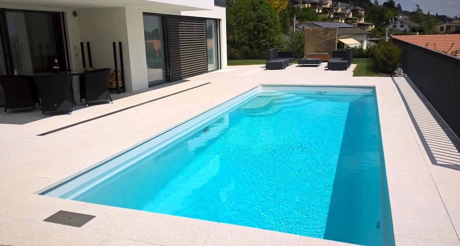 Riscaldamento piscina la soluzione per professionisti al problema dell 39 acqua fredda - Acqua orecchie piscina ...