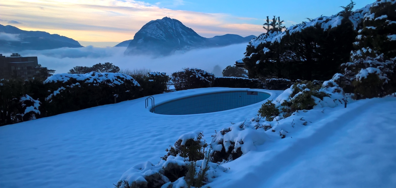 benutzen sie den pool auch im winter wie hoch sind die betriebskosten. Black Bedroom Furniture Sets. Home Design Ideas